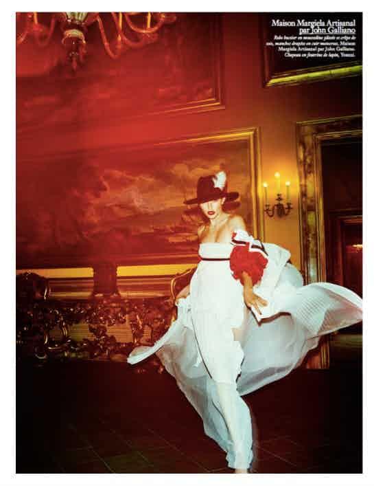 VOGUE PARIS - November 2016 Photographer: Mario Testino Model: Gigi Hadid Location: Rome, Italy