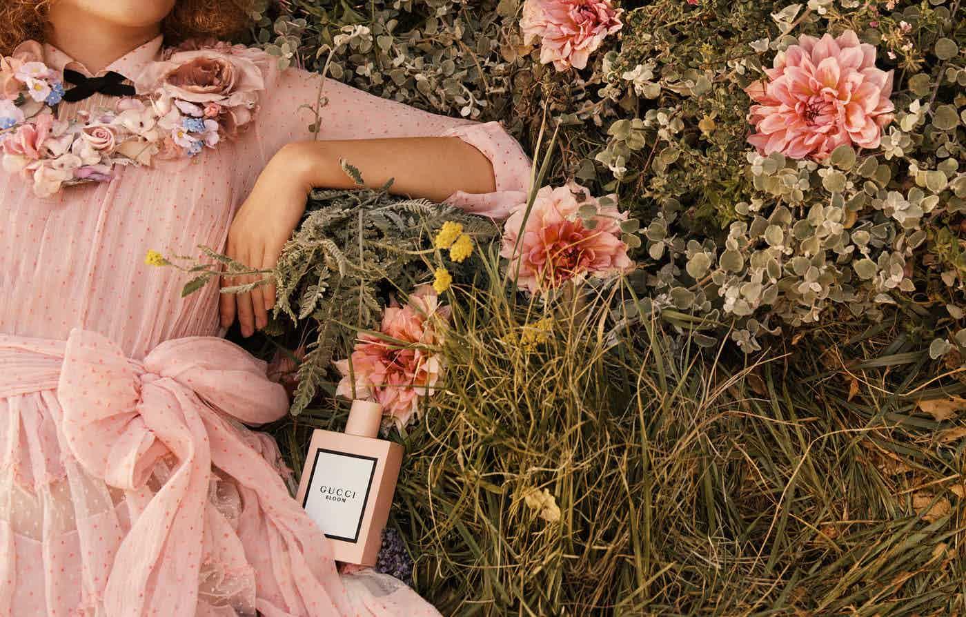 GUCCI  - Bloom Photographer: Glen Luchford Model: Dakota Johnson, Hari Nef, Petra Collins Stylist: Joe McKenna Location: Los Angeles, US